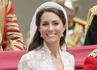 Romantis dan Manis! Pangeran William Rupanya Membantu Penata Rambut Kate Middleton Saat Pernikahan