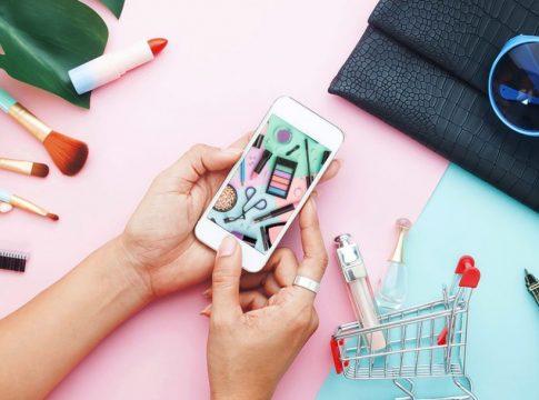 Tips Hemat Ketika Belanja Makeup Online