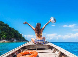 Tips Jaga Berat Badan Saat Traveling
