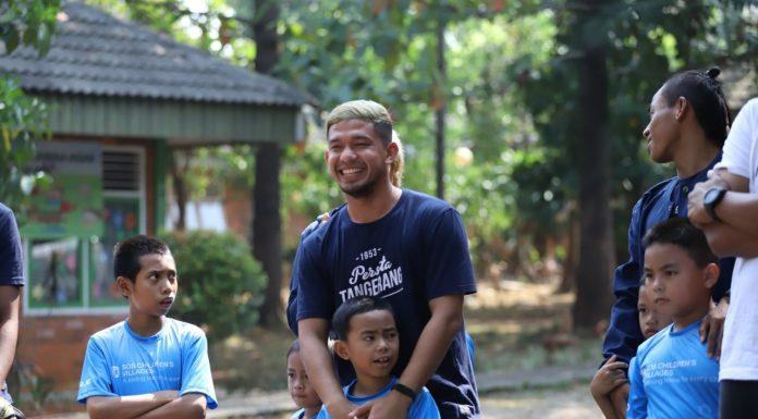 Bersama SOS Children's Villages Indonesia, Persita Tangerang Bantu Anak-Anak yang Kehilangan Pengasuhan Orang Tua