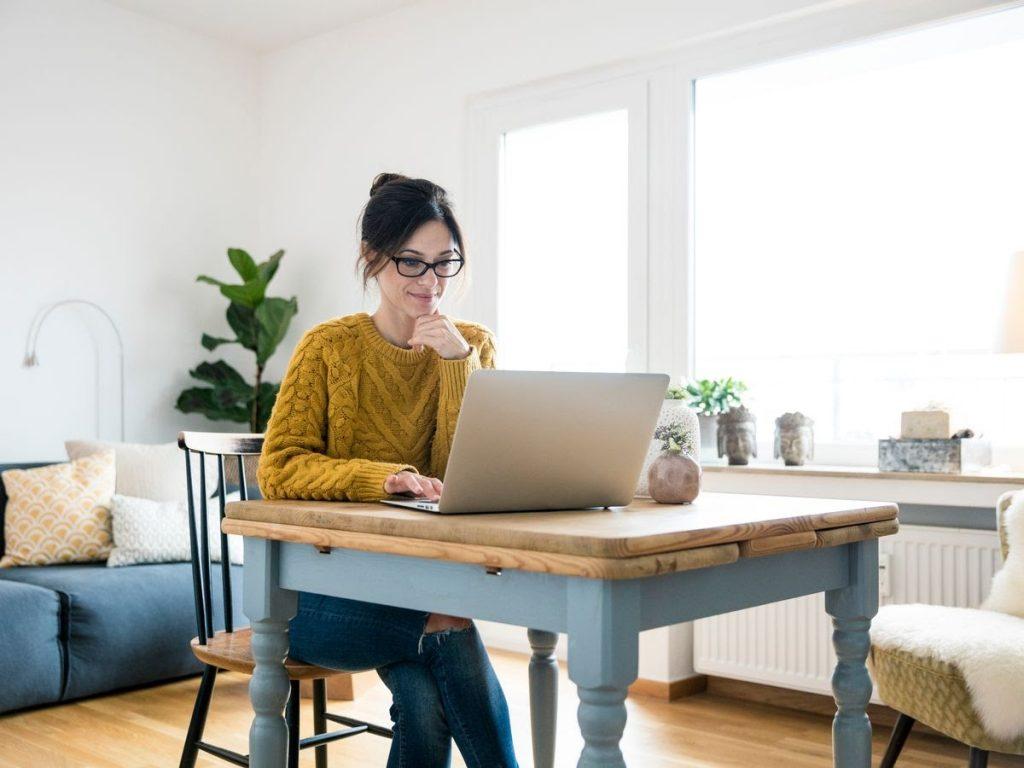 Tips Menciptakan Batasan untuk Keluarga saat Bekerja di Rumah
