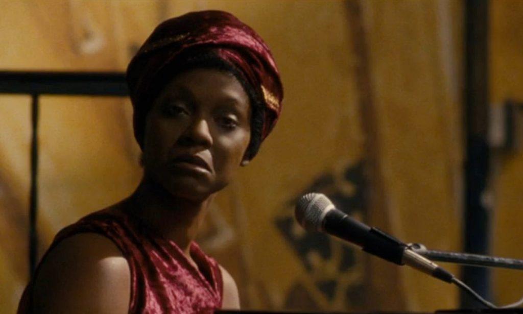 Zoe Saldana Mengaku Menyesal Atas Perannya di Film Biopik Nina Simone, Kenapa?