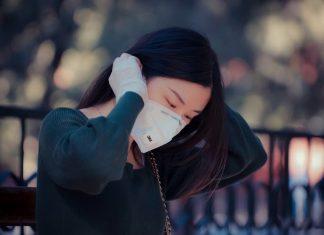 Jerawat Karena Masker? Cara Mengatasinya Menurut K-Beauty Expert