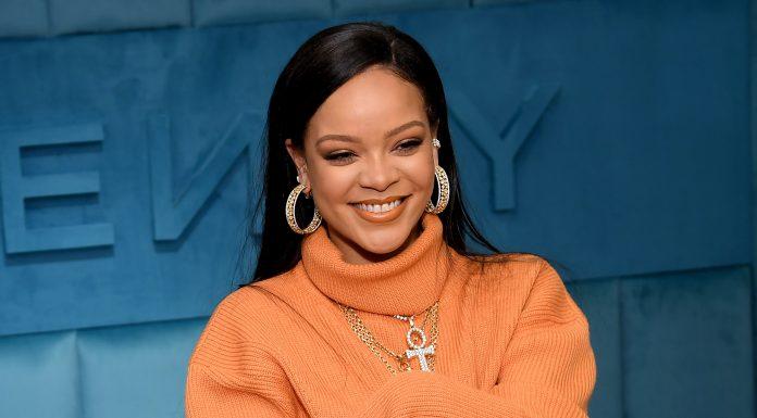 Rihanna Akan Merilis Buku Resep Masakan?