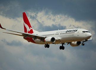 "Tiket ""Flight to Nowhere"" dari Qantas Airways Ludes Terjual 10 Menit Saja!"