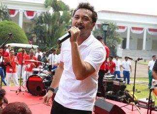 15 Penyanyi yang Banting Stir Jadi Politisi