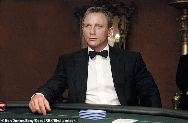 """Film Terbaru James Bond """"No Time To Die"""" Tersedia via Layanan Streaming?"""