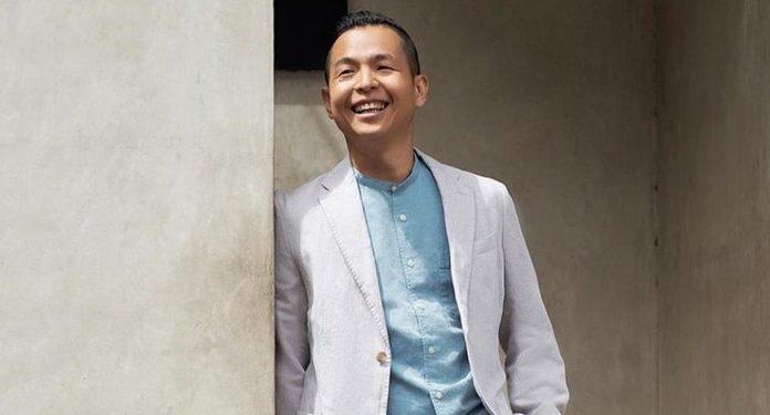 Ernest Prakasa Sindir Janji Giring untuk Bagikan Tablet Gratis untuk Pelajar