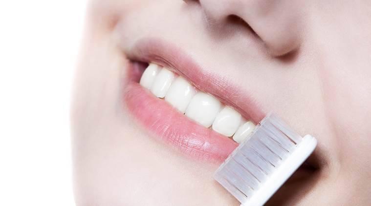 5 Langkah Dapatkan Bibir Pink Sehat Merona