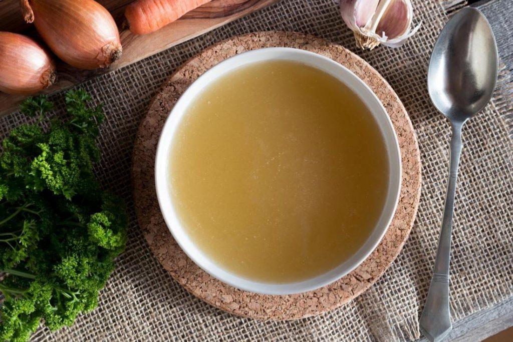 6 Manfaat Kecantikan dan Kesehatan dari Sup Tulang, Sederhana Kaya Guna