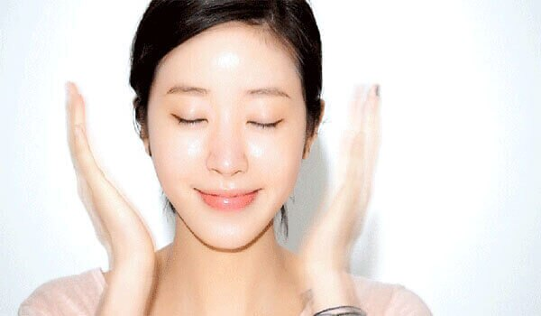 10 Kesalahan Penggunaan Sheet Mask yang Harus Kamu Hindari