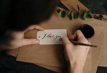 Lakukan '36 Pertanyaan' Berikut Untuk Membuat Dia Jatuh Cinta!
