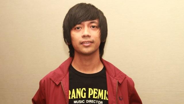 5 Gaya Rambut Vokalis Pria Indonesia yang Legendaris