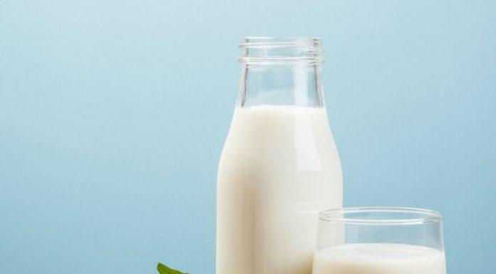 Hati-hati, Ladies, Ini Dampak Buruk Konsumsi Produk Susu Berlebihan (Part 1)