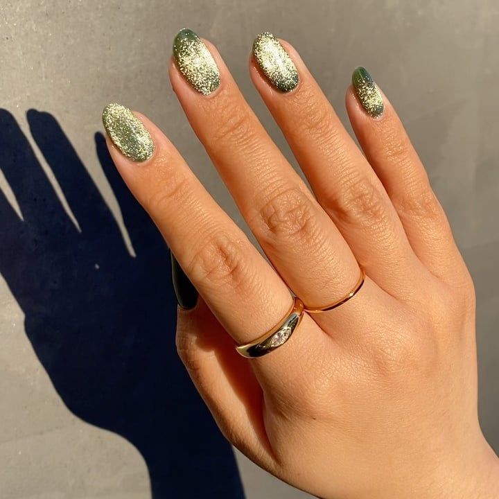 Velvet Nails, Nail-art Insta-friendly yang Belakangan Sedang Hits