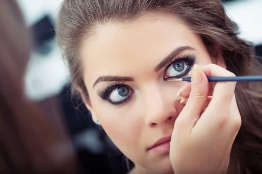 Ciptakan Tampilan Mata yang Besar dan Berkarisma, Ini Kunci Para MUA