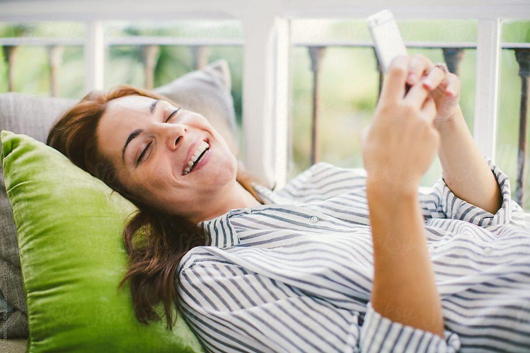 Ini Alasan Chat App Dapat Tingkatkan Kesehatan Mental Selama Pandemi
