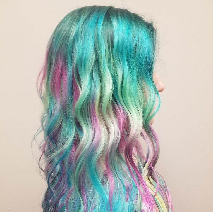 5 Warna Rambut Terbaik dan Terburuk Untuk Mereka Dengan Rambut Tipis