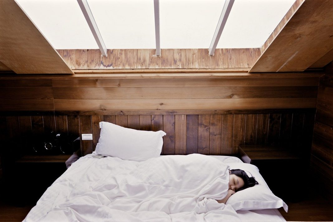 Cara Mudah Mengatur Pola Tidur Meski Kesibukan Menggunung