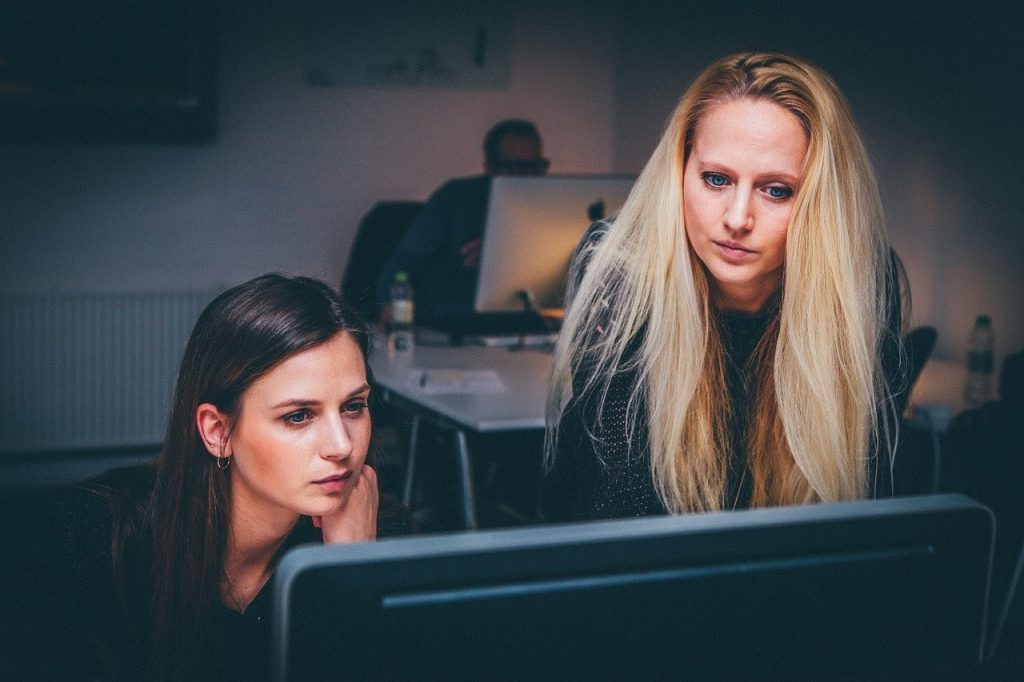 5 Cara Segera Dipromosikan di Kantor, Yuk Cari Tahu!