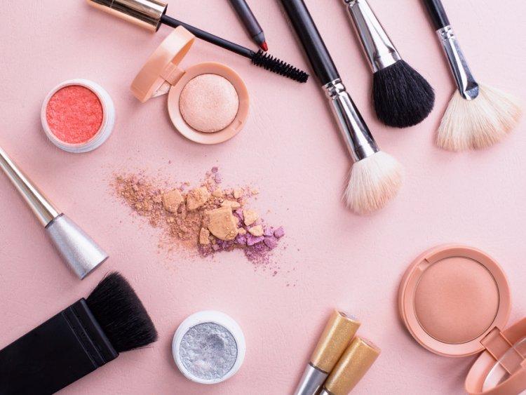 Waspada, Kandungan PFAS dalam Makeup Tingkatkan Risiko Kanker