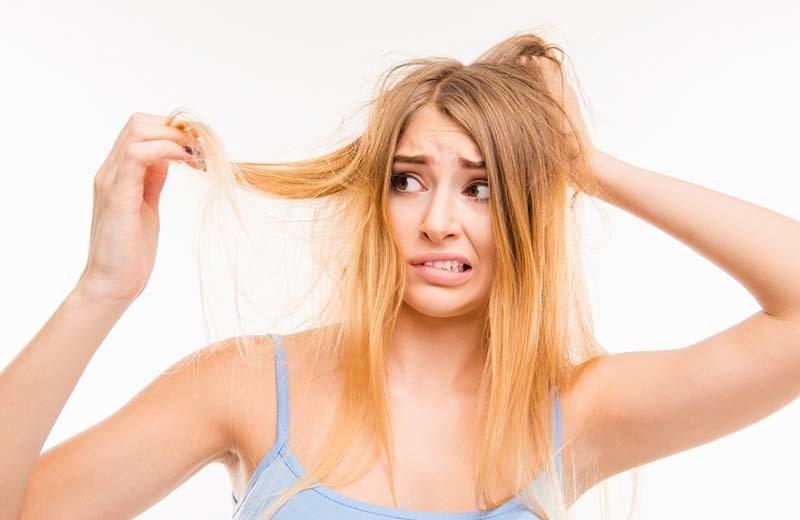Jauhkan Beberapa Hal Ini dari Rambutmu, Ladies! (Bagian 2)
