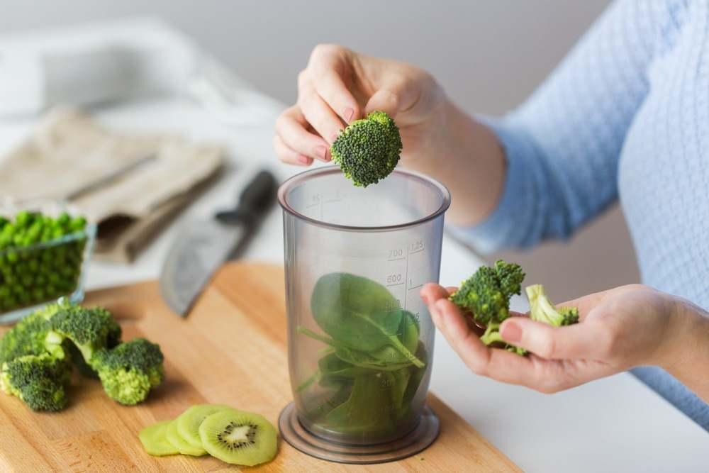 Cegah Alzheimer dengan Konsumsi Sumber Makanan Folat