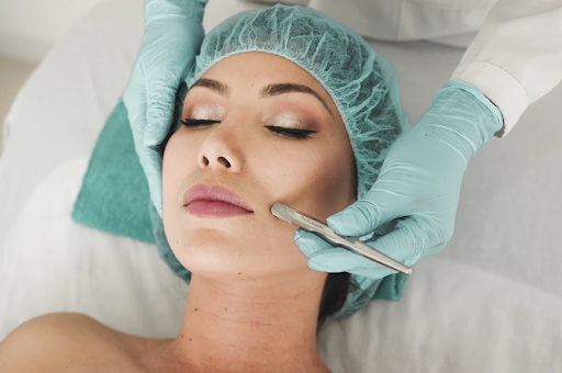 7 Pertanyaan yang Paling Sering Ditanyakan ke Dermatologist dan Jawaban Mereka