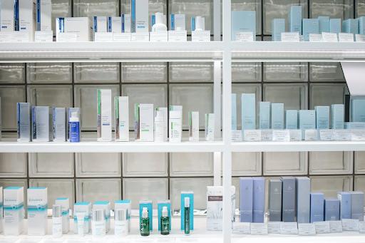 Ini Dia Penjelasan Tentang Tren Microdosing Skincare
