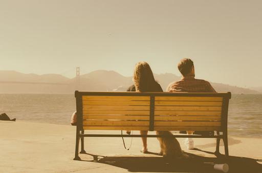 Hal yang Mesti Kamu Lakukan Saat Pasangan Marah Tapi Nggak Mau Bilang